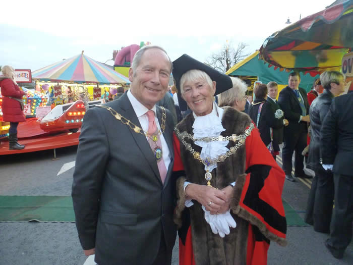 Abie Danter Chairman of the Showmans Guild with Pembroke Mayor Pauline Waters