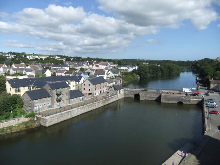 Pembroke Ponds from the Castle by Linda Asman
